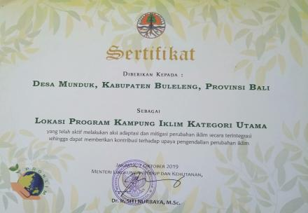 Desa Munduk Mendapat Penghargaan Program Kampung Iklim Kategori Utama